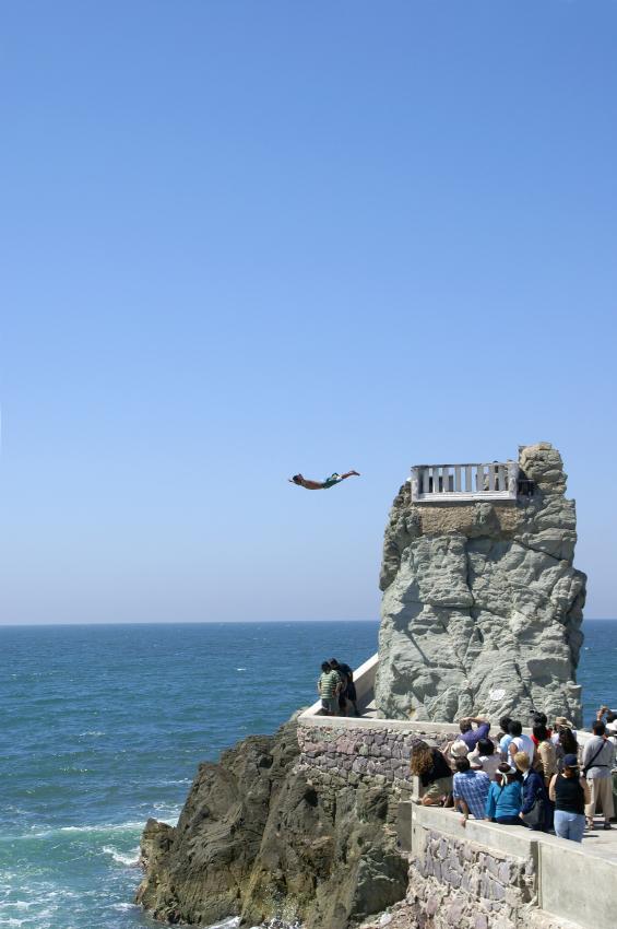 Cliff Diver - Mazlatan Mexico